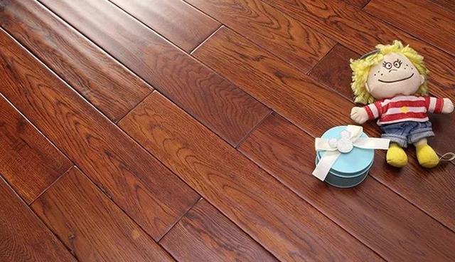 """别再低估地板的作用 """"高配版""""的实木地板这些功能你可知?"""