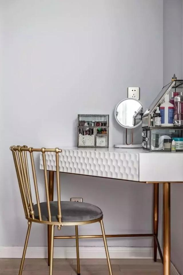 简约舒适的北欧风三居室,清新、浪漫的格调