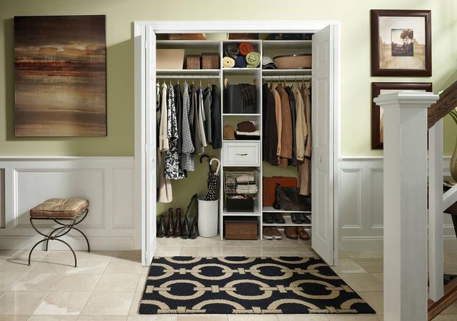 25款小衣橱设计图片欣赏 高效利用卧室空间适合每个家庭