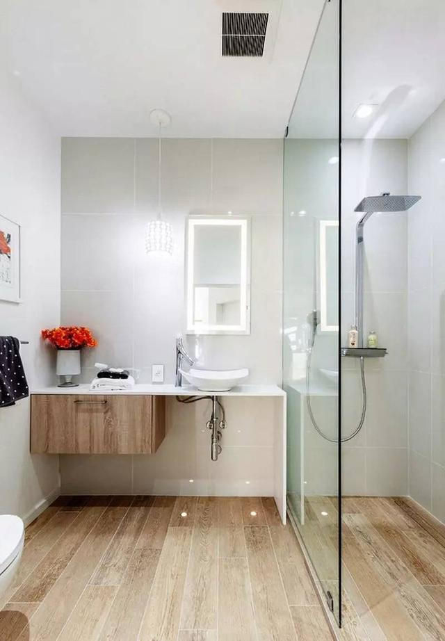 几种简洁的淋浴房设计 看有适合你家的没?