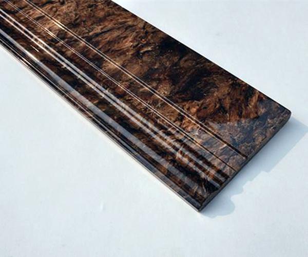 踢脚线选木头好还是瓷砖好 瓷砖踢脚线能用胶贴吗