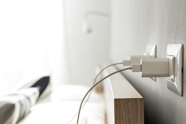 家电越多插座不够用怎么办 这几个方法你可以学起来