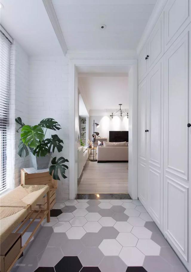 130㎡白色调家居装修 随意中又不缺乏设计感