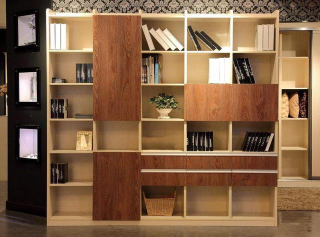 一個獨特書柜款式設計 處處彰顯屋主的品味