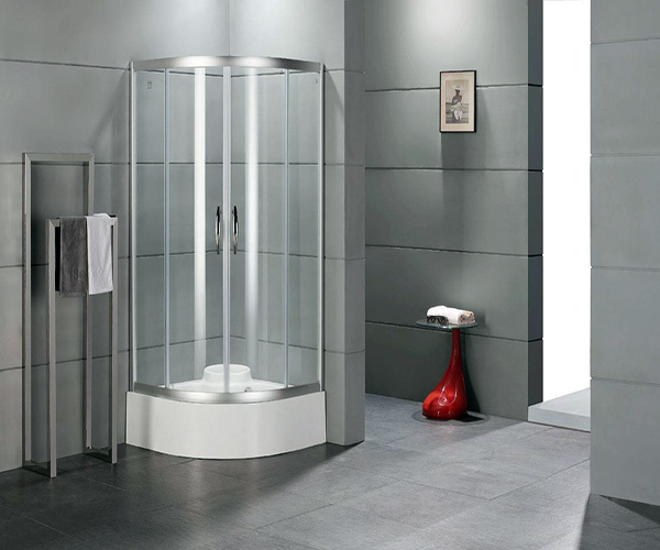 淋浴隔断用什么材质好 浴帘好还是玻璃隔断好