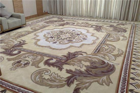 懂得如何清理地毯 你会更爱它的