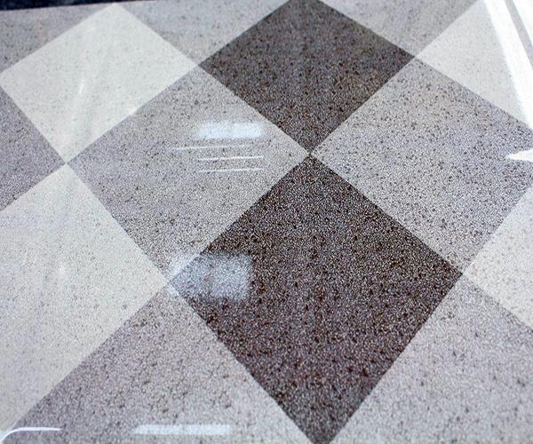 釉面砖价格大概是多少 釉面砖防滑吗