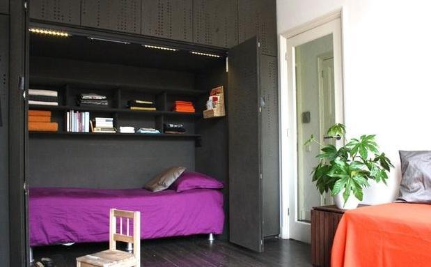 现在流行的床 代替了大?#24425;?#20986;空间和金钱