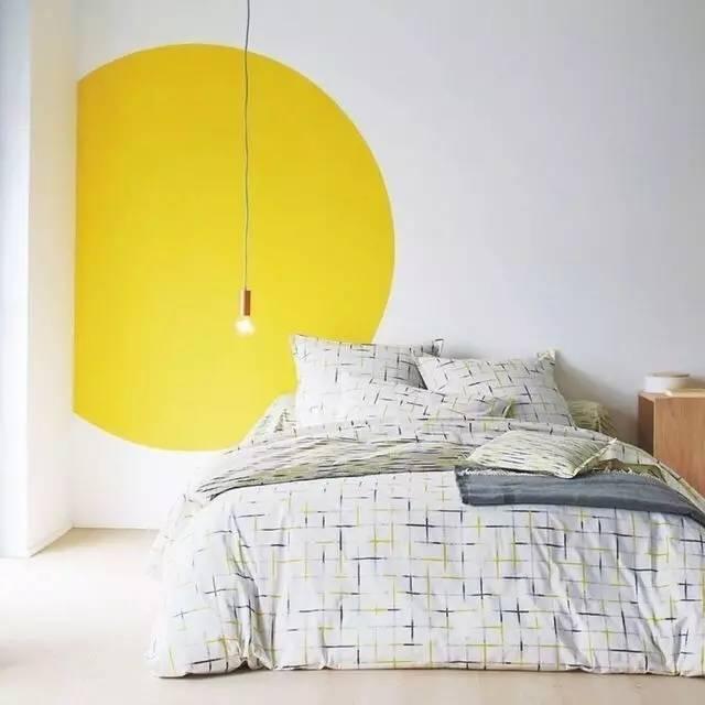 好看的房子 装修设计时需要加点黄