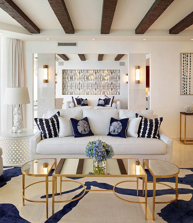"""客厅摆设搭配设计案例 镜面咖啡桌好有档次凸显""""高级感"""""""