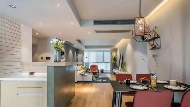 149平轻奢风装修设计 餐厨开放式让空间更宽敞 书房设计成最大亮点