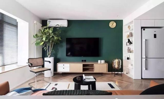 40㎡现代LOFT公寓设计 看小空间如何玩转时尚色彩