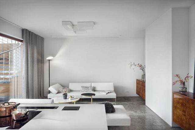 白色基调为主的现代风格室内装饰设计
