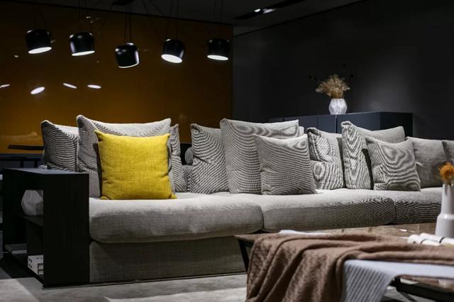 意大利沙发品牌 用设计诠释不一样的生活方式