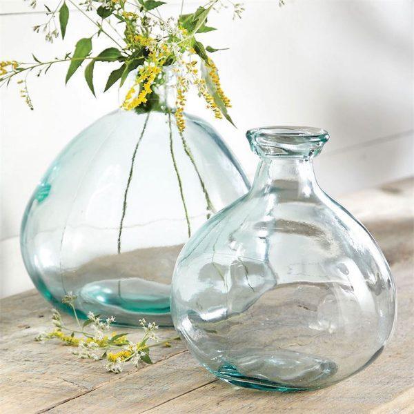 美丽漂亮的玻璃花瓶 给你的家居空间带来精致的美感