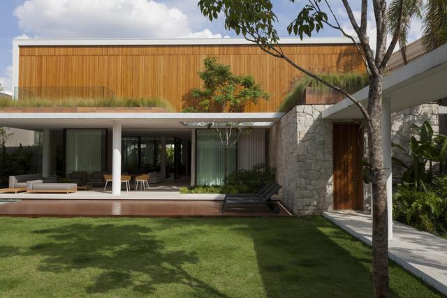一所热带花园别墅室内外设计 将自然与家居融为一体