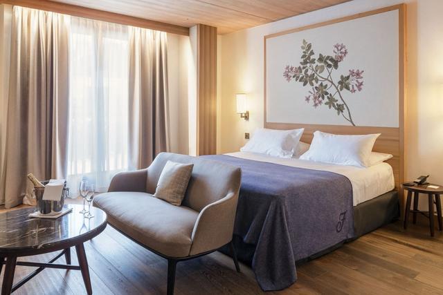 利用好卧室窗帘 让窗户成为卧室焦点