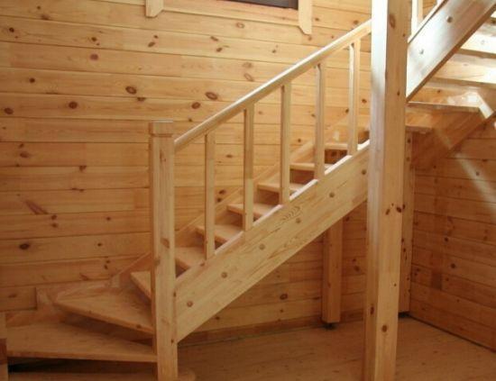 木楼梯扶手安装注意事项 楼梯扶手如何保养?