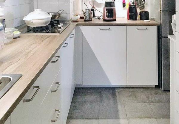 厨房台面用防火板好吗 防火板台面真的防火么