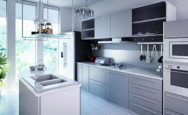 为给厨房降温想方设法 内行人告诉你凉霸和空调都不划算