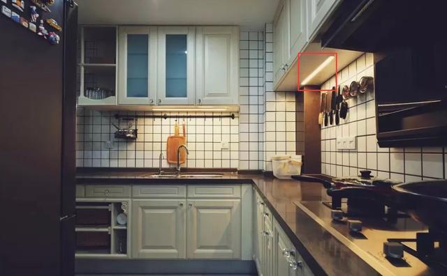 厨房忘装柜下灯