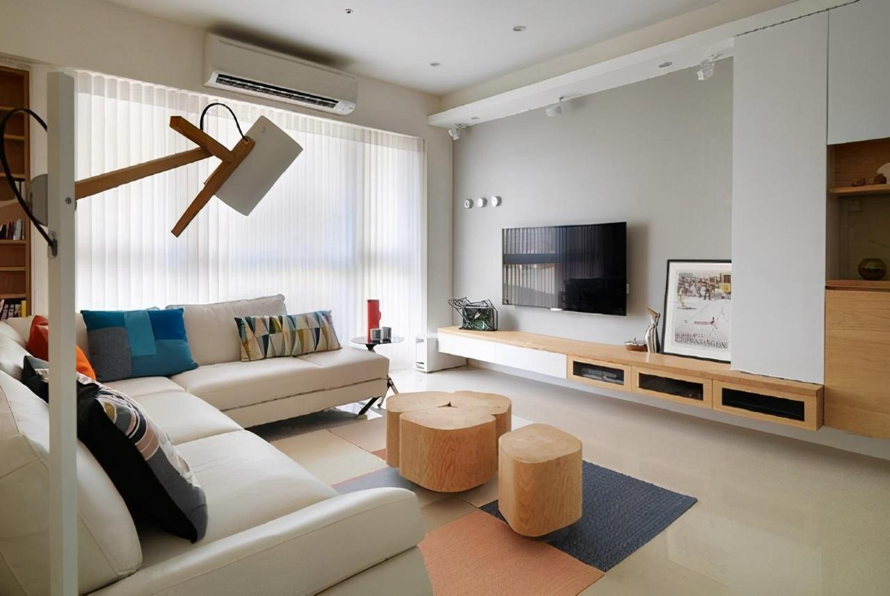 客厅电视柜悬挂到墙面 只需悬空10公分