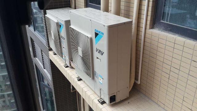 装修时给柜机空调预留这种插座 安装空调时能省下一百元