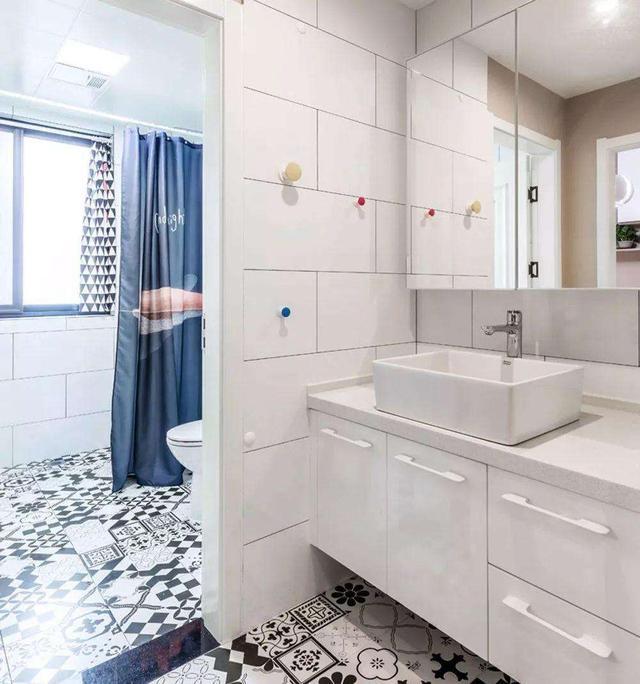 卫生间浴帘效果图欣赏,这样设计卫浴间实用又美观 土拨鼠装修经验