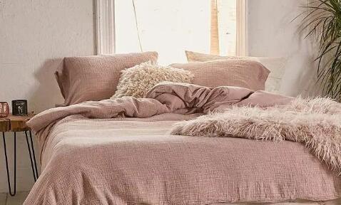 床上四件套怎么选 学会这几个小技巧不会被忽悠
