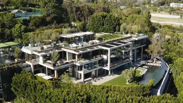 6亿豪宅装修的如此豪 有15个卫浴间 浴缸玛瑙石做的