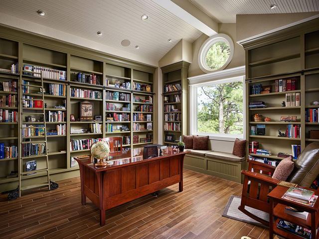 为您的房屋增色:如何在房屋内部使用橄榄绿