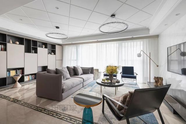 沙发后做休闲区