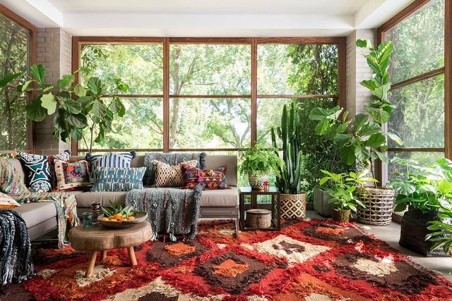 可以享受日光浴的室内装饰 打造明亮又充满生机的空间