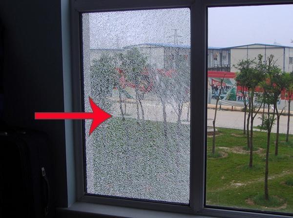 封阳台别用钢化玻璃 用这种特殊玻璃能抗台风