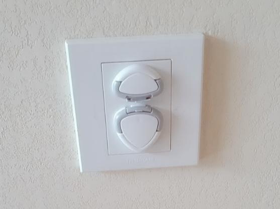 安装插座保护头