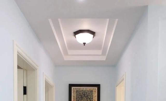 走廊如何搭配灯具 使得空间不压抑