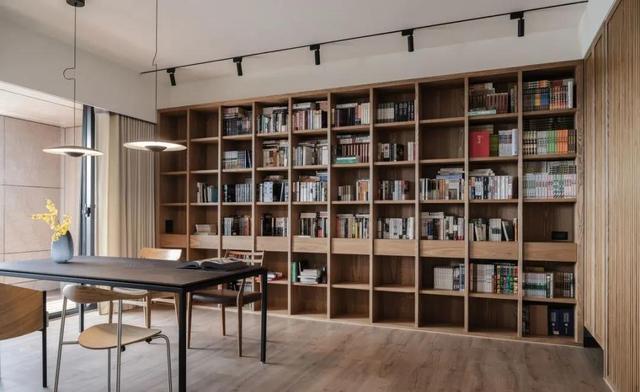 沙发+茶几+电视的客厅过时了 如今流行这3种客厅布局