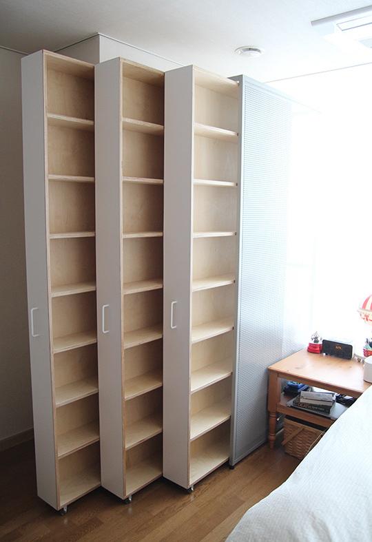 卧室床头打造柜子怎么做 抽拉式设计使用更加方便