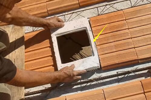 房子采光不足怎么解决 把玻璃砖铺在屋顶灯都不用开