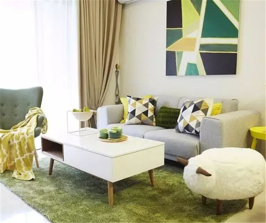 客厅沙发别再按老传统放了 现在流行这么布局