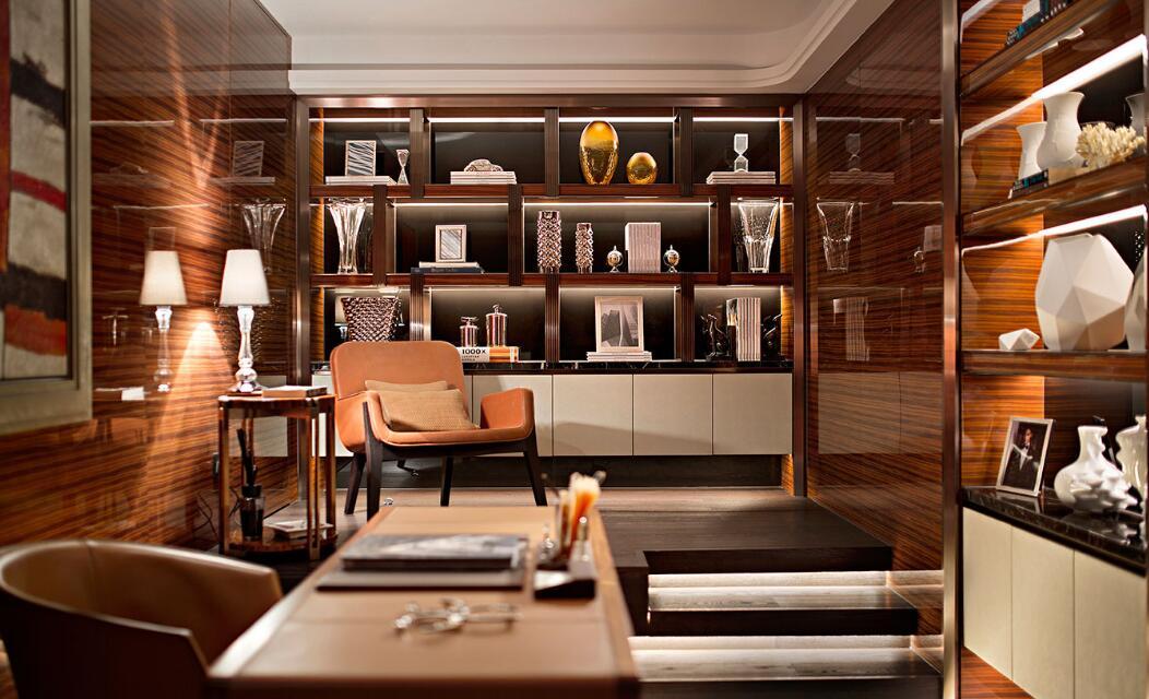幸福舒适欧式三居室装修书房效果图