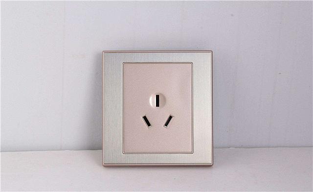 空调插座高度多少合适 空调插座怎么选择