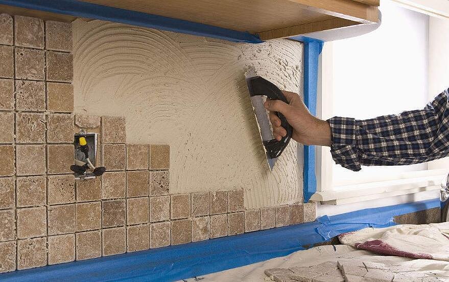贴瓷砖多少钱一平方 看看贴瓷砖贵不贵