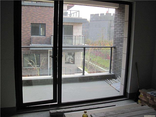铝合金门窗有哪些特点