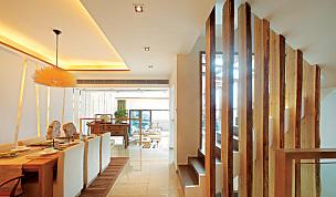 雅致中式风格设计楼梯效果图