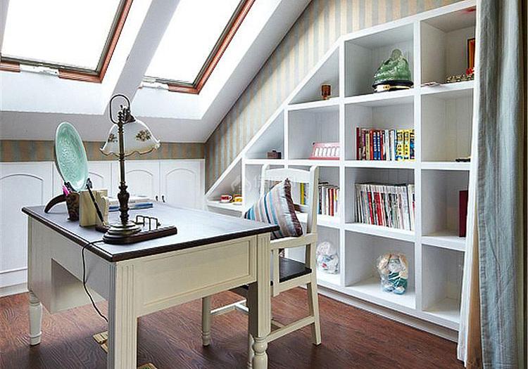 混搭风格阁楼书房设计