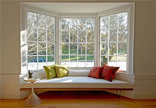 弧形飘窗装修效果图 飘窗这种设计比多买8㎡都值