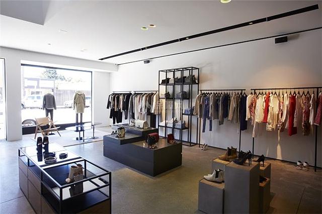 衣服店如何装修