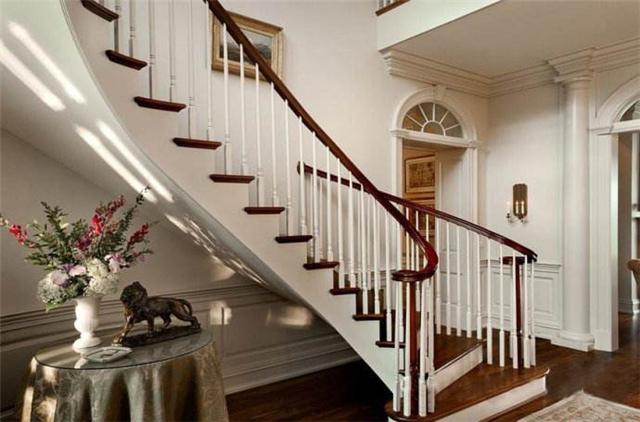别墅楼梯怎么算价格
