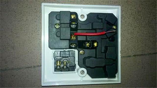 5平的bv导线,设空开;大功率用电器用6平的bv导线,设空开.总开关箱选.